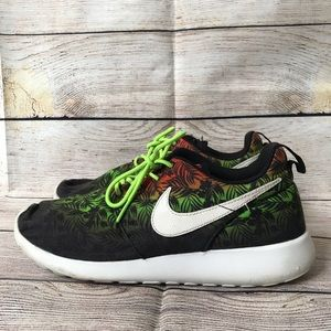 Nike Roshe Run Print Kids Size 7Y Black